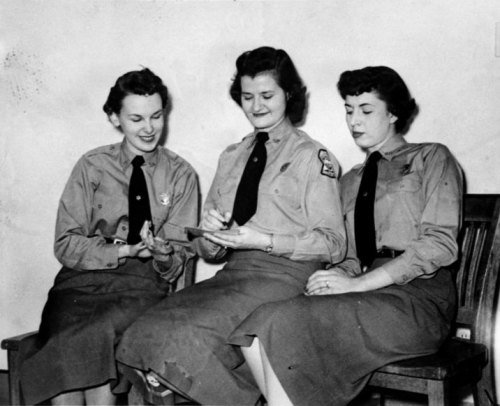 Female Sherriff's Deputies.