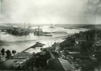 1903 Flood of Kansas River in Kansas City, KS. Flood of Armourdale and Argentine areas.