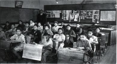 Students at the Lincoln School in 1937.