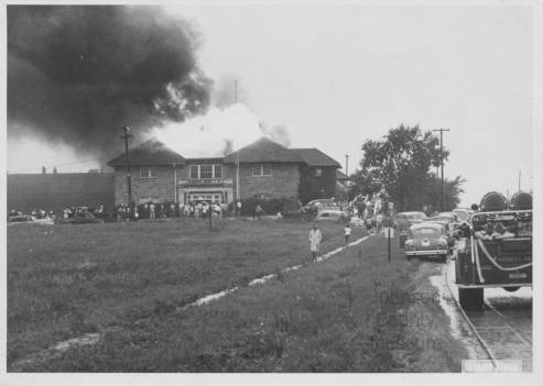 Fire_at_Hickory_Grove_School