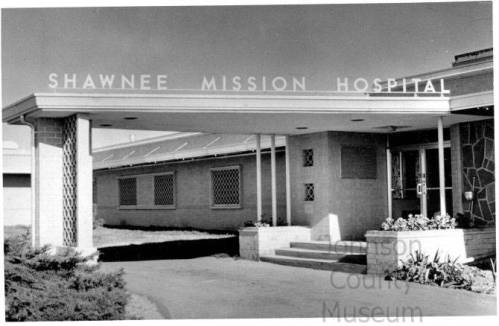 Shawnee Mission Hospital, constructed in 1962 at 75th and Antioch, c. 1991. Johnson County Museum.