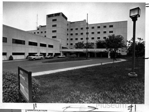 The Shawnee Mission Medical Center, larger than the Hospital, was opened in 1971. Sun Newspaper Collection, Johnson County Museum.