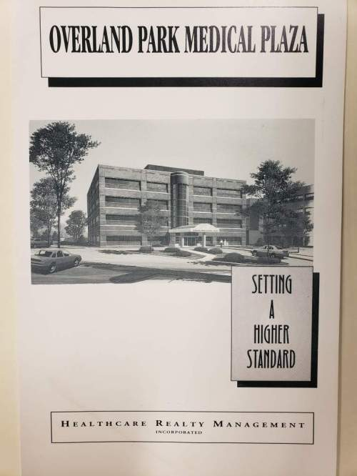 Overland Park Regional Medical Center's expansion for medical office space. Sun Newspaper Collection, Johnson County Museum.
