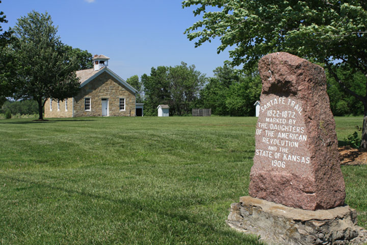 The 1906 DAR Santa Fe Trail marker at the Lanesfield Historic Site today.